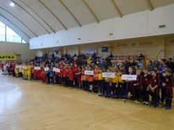 В Луганске торжественно открыли детский турнир Никиты Каменюки «Первый Шаг»
