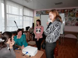 Луганские педагоги обсудили влияние масс-медиа на жизнь общества и основы медиаграмотности для учеников