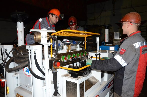 В Луганской области «Краснодонуголь» начал промышленные испытания уникального оборудования для дегазации угольных пластов