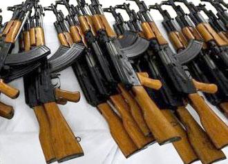 В Луганске задержали диверсантов, которые хотели с оружием захватить власть - изъят гранатомет и 300 автоматов