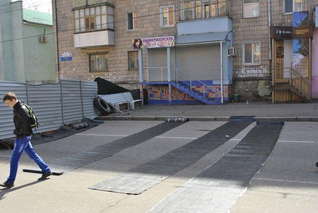 Луганчане и квартал ватников (ФОТОРЕПОРТАЖ)