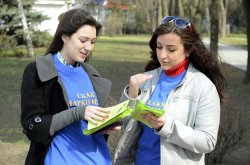 В Луганске студенты-волонтеры провели акцию «Скажи НЕТ наркотикам»