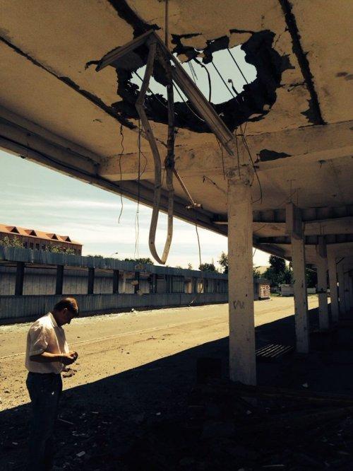 Разгромленный Луганский автовокзал (фото)