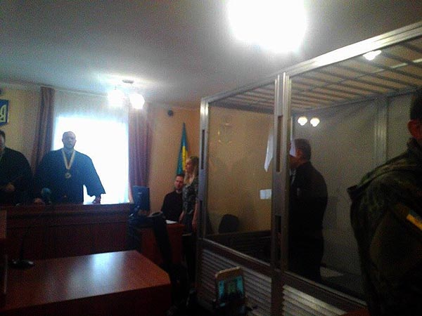 Суд объявил перерыв поделу Ефремова