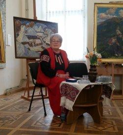 Первой профессиональной исполнительнице «Пливе кача по Тисині» вручили награду