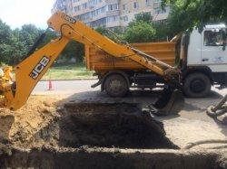 В Одессе прорвало водопровод: без воды остались 150 тысяч человек