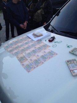 В Киеве полицейский задержан на взятке 285 тыс грн