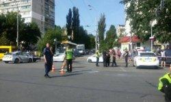 Водитель взорвавшегося авто в Киеве погиб