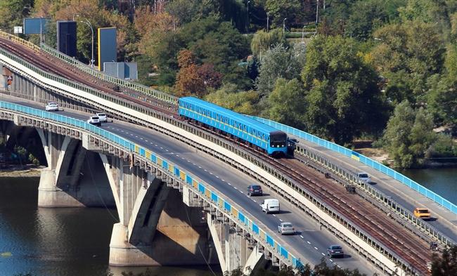 Цены напроездные билеты вобщественном транспорте столицы Украины подымают на25-30%