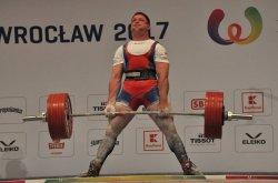 Украинец установил новый мировой рекорд в пауэрлифтинге