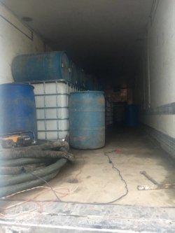 В Одесской области правоохранители обнаружили подпольные склады с контрафактным алкоголем