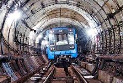 В Киеве три станции метро вечером ограничат работу