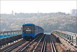 В Киеве частично ограничат движение по некоторым мостам