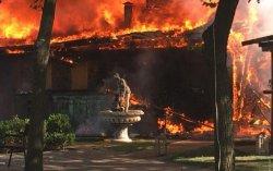 Жуткий пожар в Одессе: горит кафе