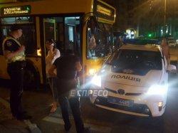 В Киеве троллейбус протаранил полицейский автомобиль