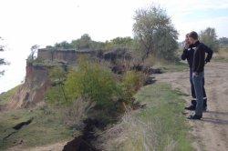 В Одесской области сошел километровый оползень
