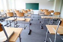В Киеве на карантин закрыли уже больше 100 школ