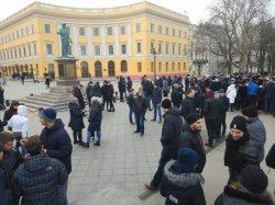 В Одессе собрали «проплаченный митинг» за вымышленного кандидата