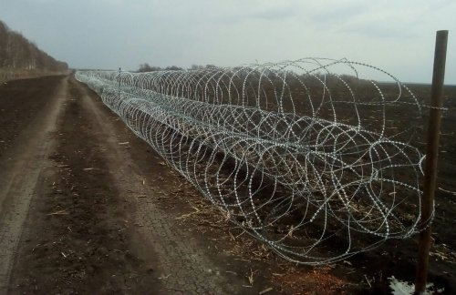 Пограничники показали, как Украина обустраивает границу с Россией