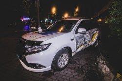 В Киеве внедорожник врезался в авто полиции (видео)