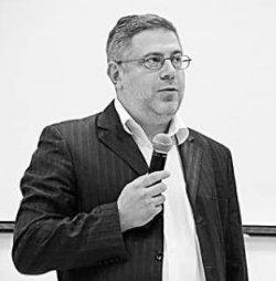 Адвокат Маси Найем рассказал о защите журналиста Валерия Иванова от преследования полицией